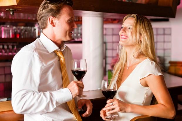 golden-years-agencia-de-relacionamentos-casamentos-mulheres-flerte
