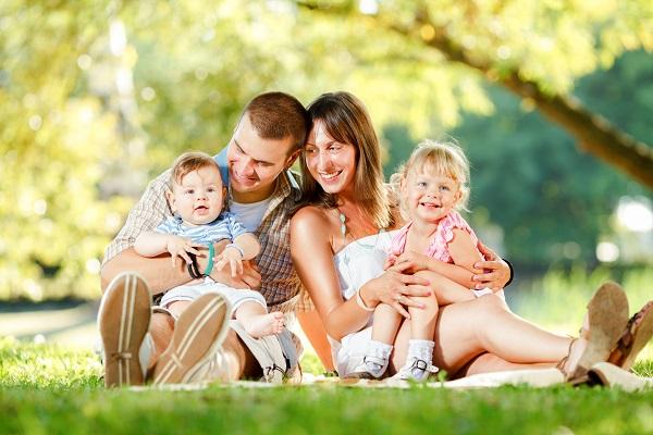 Resultado de imagem para Sobre o amor infinito que seus filhos pequenos sentem por você